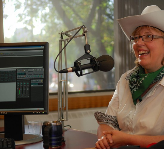 Elizabeth_May_on_CBC_Radio_One_-_Calgary